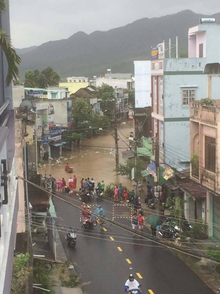 Chùm ảnh sức tàn phá khủng khiếp của bão số 12 - 23