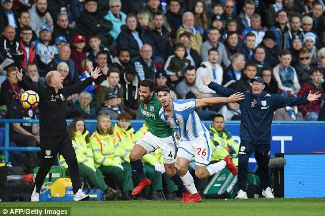 Huddersfield - West Brom: Vỡ òa vì tuyệt phẩm 1