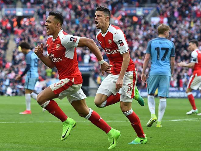Đại chiến Arsenal - Man City vì Sanchez: Ân oán vì Sanchez 2