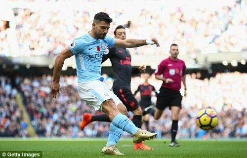 TRỰC TIẾP Man City - Arsenal: Jesus lập công, Man xanh tái lập cách biệt 2 bàn 25