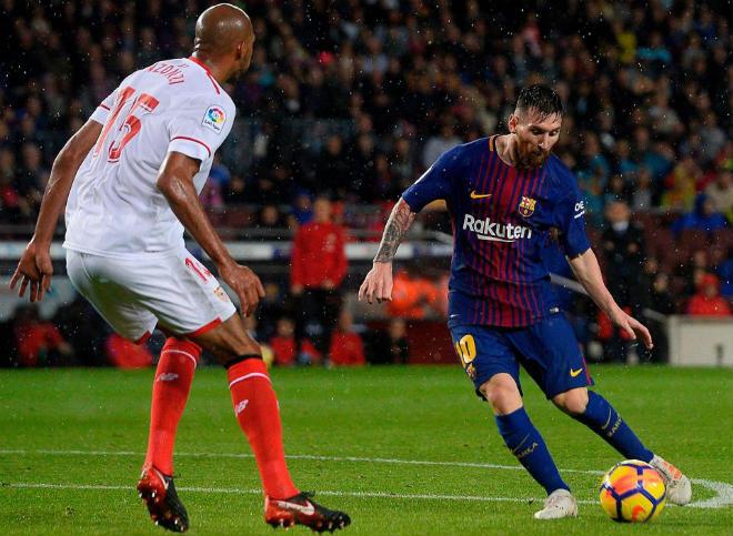 """Barca: Messi """"tịt ngòi"""" dịp đại hỉ, """"vượt"""" Ronaldo sắp đón quý tử thứ 3 - 1"""