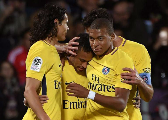 PSG thắng đậm: Nghi án Neymar bị cô lập, trốn sang Real thay Ronaldo - 1