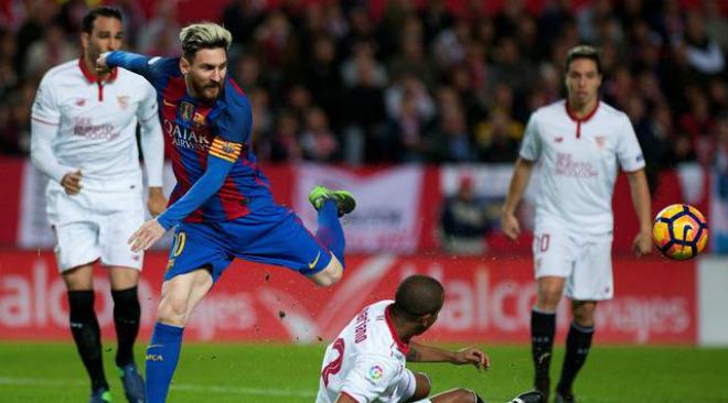 Chi tiết Barcelona - Sevilla: Messi lĩnh thẻ vàng vô duyên (KT) 23