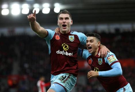 Southampton - Burnley: Người hùng nổ súng kết liễu (Vòng 11 Ngoại hạng Anh) 1