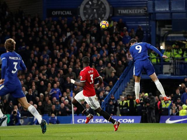 """Góc chiến thuật Chelsea - MU: """"Quỷ đỏ"""" bạc nhược, cúi đầu trước... Kante 4"""