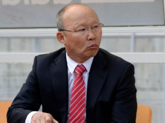 """ĐT Việt Nam đấu Afghanistan: Thầy Hàn """"thiết quân luật"""" từ phòng ngủ"""