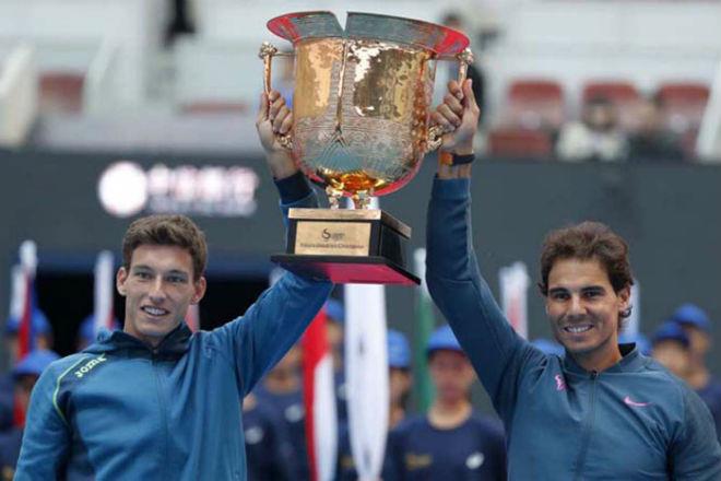 Tennis 24/7: Federer chờ kỉ lục ATP Finals, không bắt 4 con kế nghiệp 3