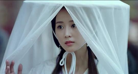 Triệu Lệ Dĩnh đứng đầu Top 10 mỹ nhân màn ảnh nhỏ 2017 - 1