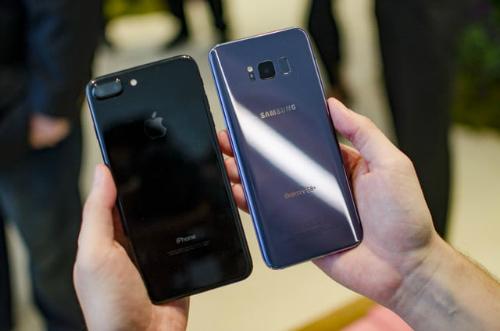 Kỳ phùng địch thủ: Chọn Galaxy S8+ hay iPhone 7 Plus? - 10
