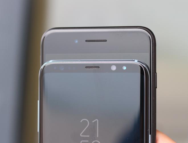 Kỳ phùng địch thủ: Chọn Galaxy S8+ hay iPhone 7 Plus? - 7