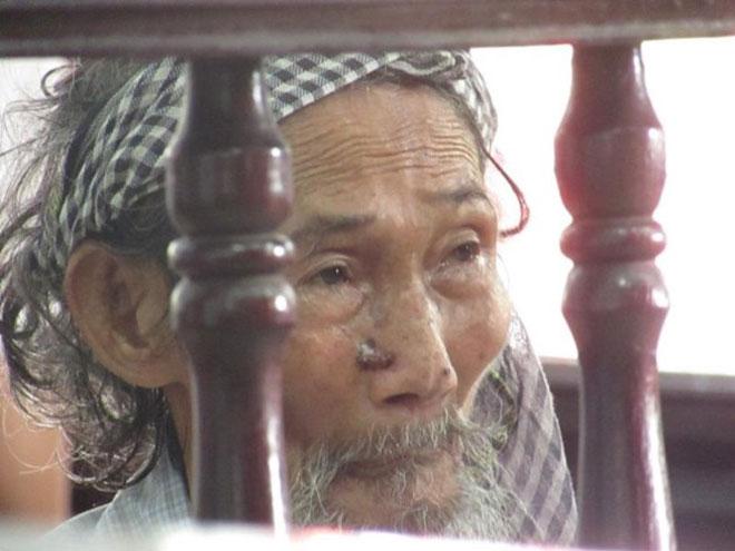 Tòa miễn hình phạt cho cụ ông 84 tuổi bị con đòi bỏ tù - 3
