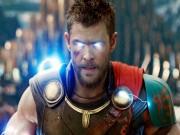 """Điều gì khiến  """" Thor: Ragnarok """"  trở thành siêu phẩm ăn khách nhất 2017?"""