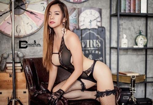 Cô giáo thể dục nổi danh đất Thái vì chăm diện áo chưa đầy gang tay - 4
