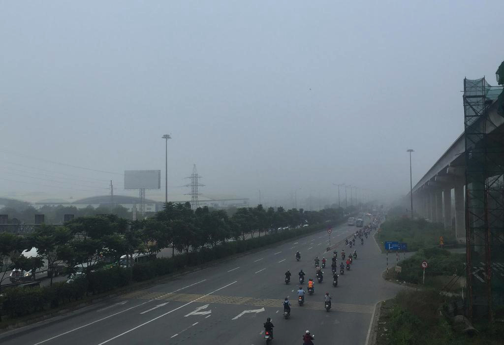 Ảnh: Sài Gòn bồng bềnh trong sương mù dày đặc - 4