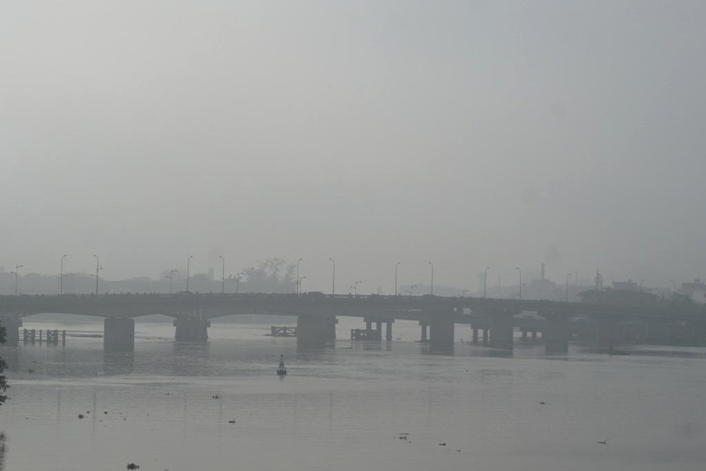 Ảnh: Sài Gòn bồng bềnh trong sương mù dày đặc - 7