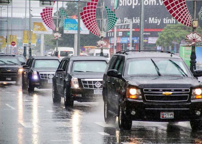 Nóng 24h qua: Siêu xe Cadillac One của Tổng thống Trump lăn bánh ở Đà Nẵng