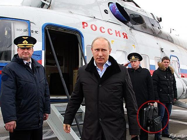 Lần duy nhất lịch sử Nga kích hoạt vali hạt nhân - 3