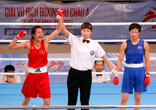 Người đẹp boxing Việt Nam vô địch châu Á sau trận kịch chiến 3
