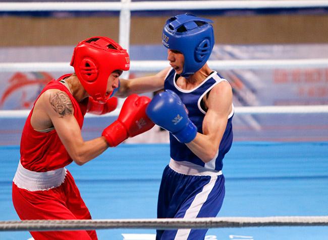 Người đẹp boxing Việt Nam vô địch châu Á sau trận kịch chiến 5