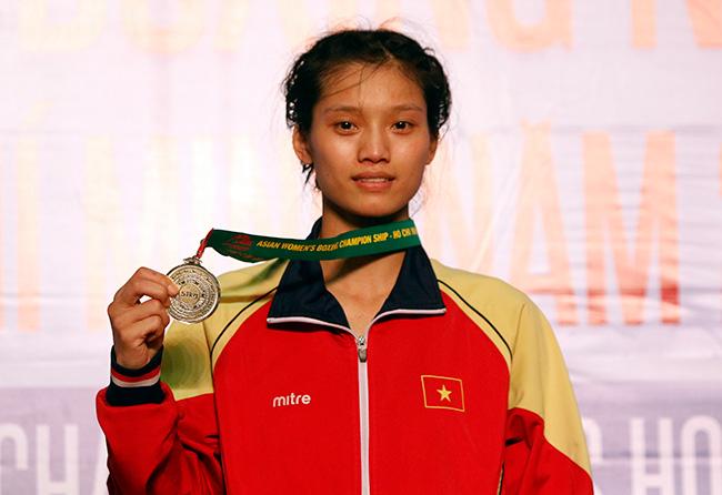Người đẹp boxing Việt Nam vô địch châu Á sau trận kịch chiến 4
