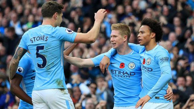 Man City thắng vũ bão: Cứ đà này, đá nửa mùa...vô địch Ngoại hạng Anh - 1