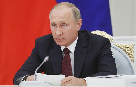 Ông Putin viện trợ cho Việt Nam 5 triệu USD - 1