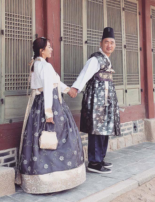 Thu Trang, Tiến Luật sang Hàn Quốc chụp ảnh cưới lần thứ 8