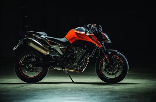 """Chiến binh"" KTM 790 Duke 2018 ra mắt - 3"