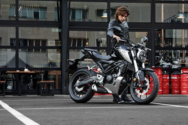 Tất tật về 2018 Honda CB125R cho dân tập chơi - 1