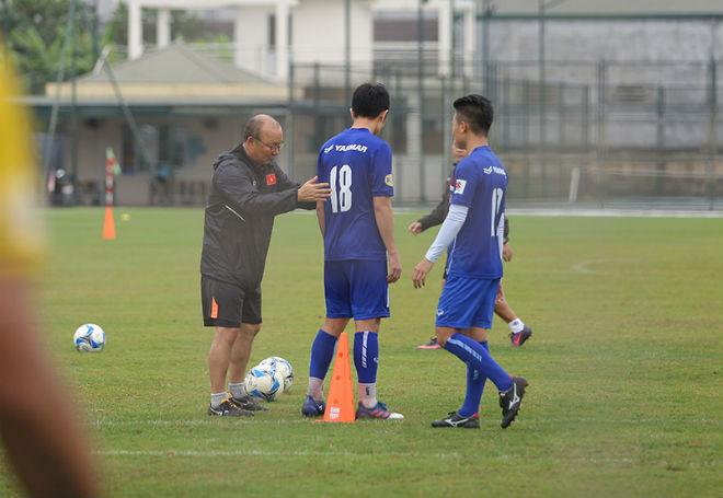 """Thầy trò Park Hang Seo tăng tốc, luyện """"bắn"""" quyết hạ Afghanistan - 1"""