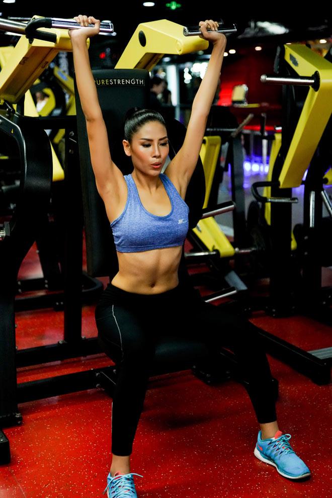 Số đo như thần Vệ Nữ của Nguyễn Thị Loan trước thềm thi Hoa hậu Hoàn vũ - 3