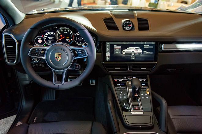 Cận cảnh Porsche Cayenne S 2018 giá 5,47 tỷ đồng - 3