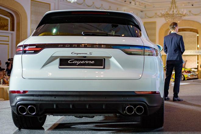 Cận cảnh Porsche Cayenne S 2018 giá 5,47 tỷ đồng - 2