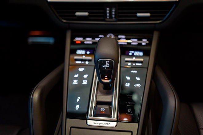 Cận cảnh Porsche Cayenne S 2018 giá 5,47 tỷ đồng - 10