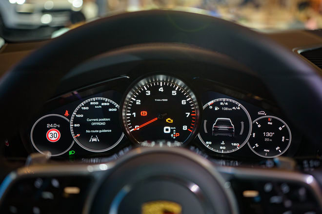 Cận cảnh Porsche Cayenne S 2018 giá 5,47 tỷ đồng - 9