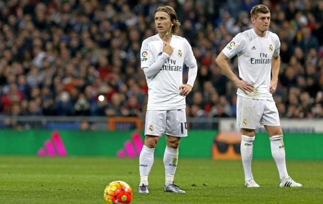 """Ronaldo dứt điểm 48 ăn 1: """"Cùn"""" không có nghĩa sa sút thảm hại - 2"""