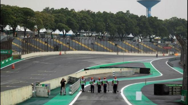 """Đua xe F1, Brazillian GP: Hamilton hưng phấn, phán xử ngôi """"phó tướng"""" 1"""