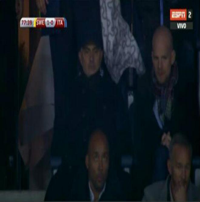 Lindelof cản Italia dự World Cup 2018: Mourinho và Ibrahimovic hả hê 2