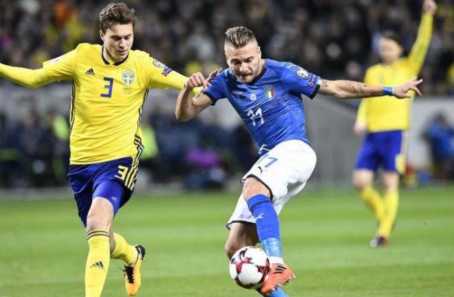 Lindelof cản Italia dự World Cup 2018: Mourinho và Ibrahimovic hả hê 1