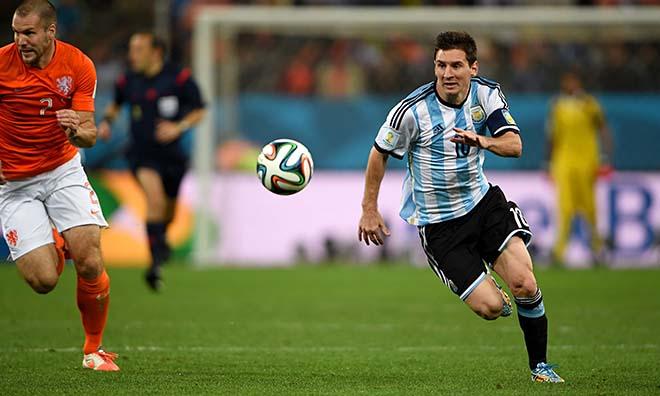 """Nga - Argentina: Messi lạc lối, """"siêu nhân"""" thăng hoa phút cuối"""
