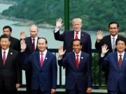 Tin tức trong ngày - APEC 2017: Các nhà lãnh đạo APEC vui vẻ đi dạo, chụp hình