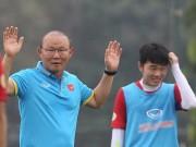 Bóng đá - HLV Park Hang Seo tin dùng Xuân Trường, phân vân về Công Phượng