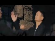 """Triệu fan phát cuồng: Jack Ma ra đòn ma thuật, Chân Tử Đan  """" tái mặt """""""