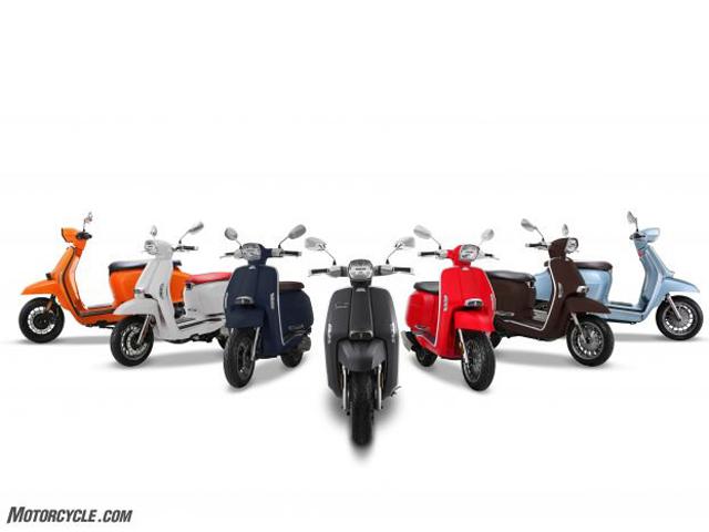 Kawasaki Ninja 650 KRT đồ họa thể thao hơn ra mắt - 3
