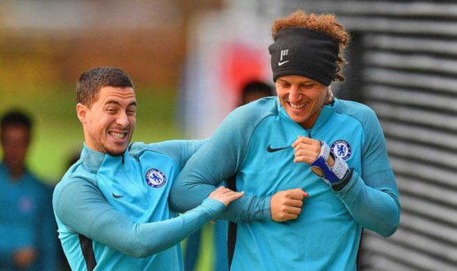 Chelsea căng thẳng: HLV Conte xử Luiz, Hazard dọa tạo phản 1