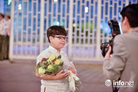 Hồ sơ đáng nể của cậu bé được Tổng thống Donald Trump tặng hoa - 3