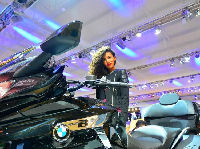 Nóng cùng xế hành trình của BMW.