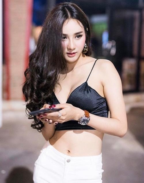 Không có mùa đông nên con gái Thái Lan mê mẩn áo dây lả lơi như sắp rơi - 5