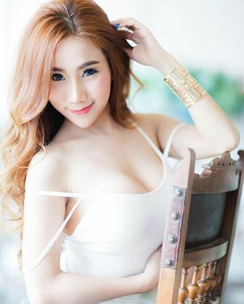 Không có mùa đông nên con gái Thái Lan mê mẩn áo dây lả lơi như sắp rơi - 14