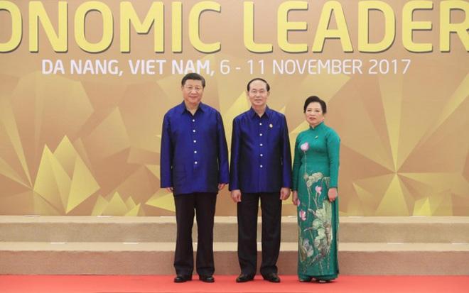 Bí mật về bộ trang phục mà Chủ tịch nước tặng các nhà lãnh đạo APEC - 2